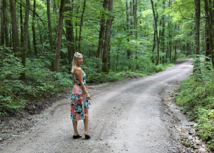 IMG_1243 Tommie on country road.jpg