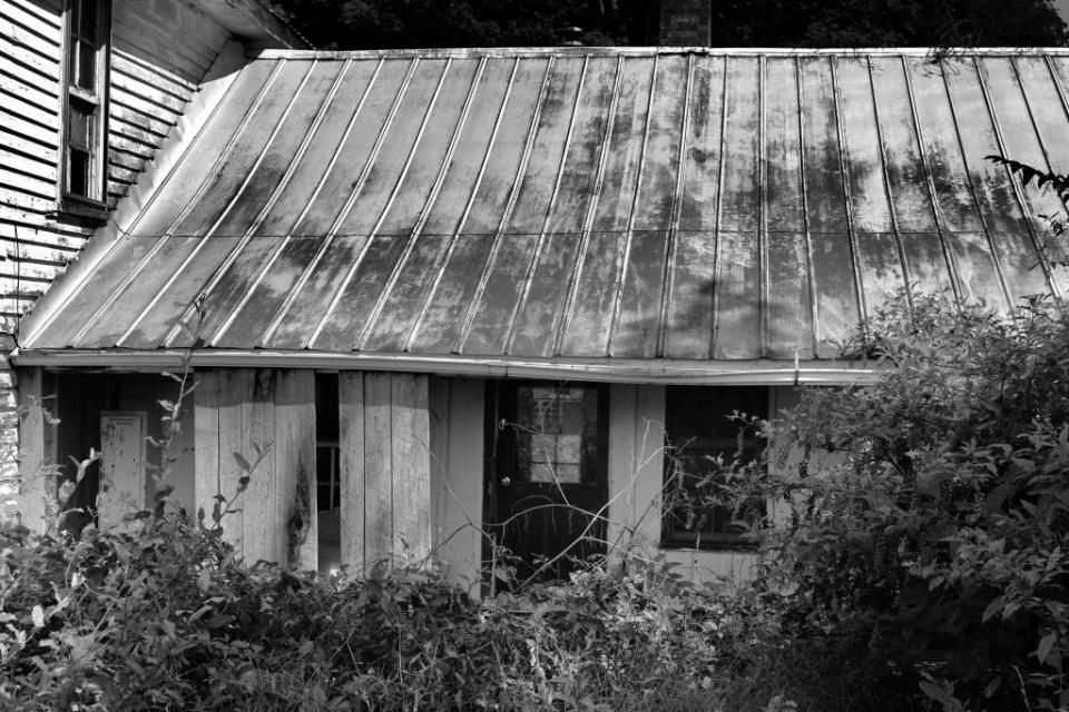 IMG_1473 Dark house c.jpg